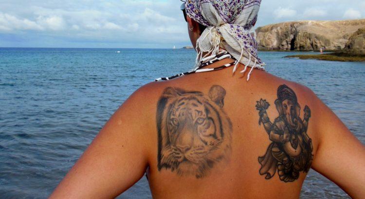 Sak Yant Tajskie Tatuaże Tradycyjne Kto Podróżuje Ten