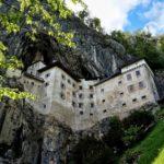 Słowenia: Zamek Predjama i Jaskinia Postojna w 1 dzień